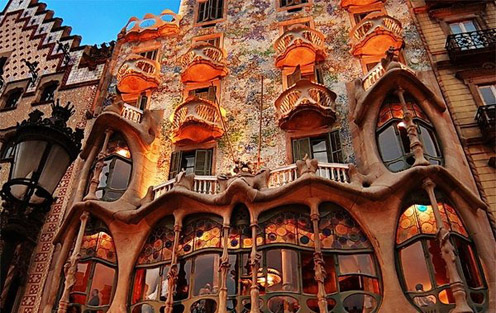 Beautiful Places - Antonio Gaudi Masterpieces | Beautiful Places ...