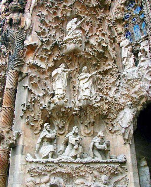 Gaudijeva arhitektura - Page 2 Antonio_gaudi_4