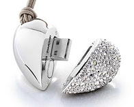 Heart Beatm USB Drive by Philips and Swarovski
