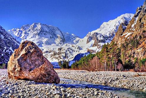 Beautiful Sunny Day in Elbrus