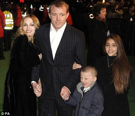 Madonna and Guy Ritchie to Divorce