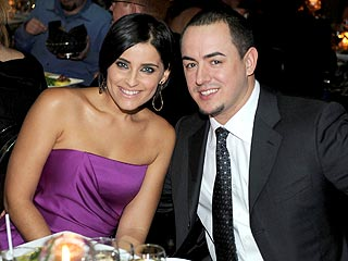 Happily Married Nelly Furtado and Demacio Castellon