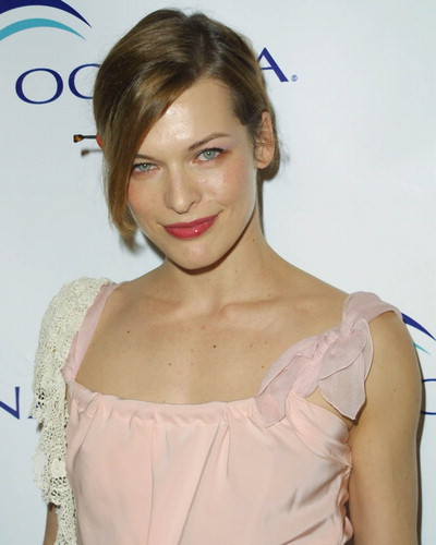 Milla Jovovich without Excess Pounds
