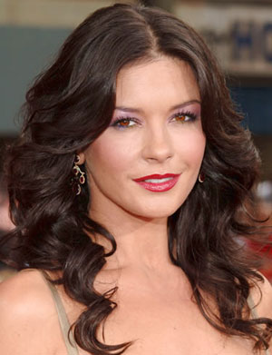 Catherine Zeta-Jones Smoke During Pregnancy