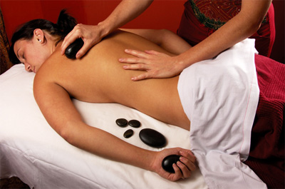 How to Give Hot Stone Massage