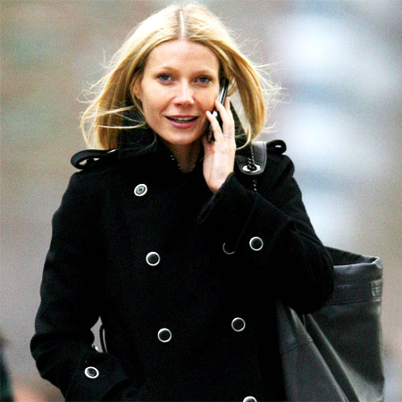 Gwyneth Paltrow Becomes Fashion Designer