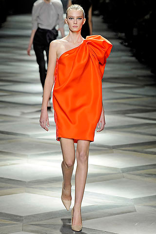 Lanvin Asymmetric Fashion