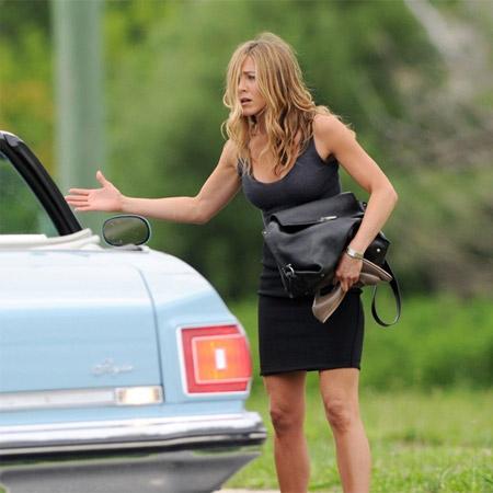 Jennifer Aniston on Bounty Hunter Shooting