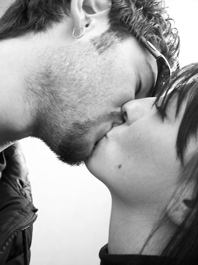 lovers kiss photos. A Kiss