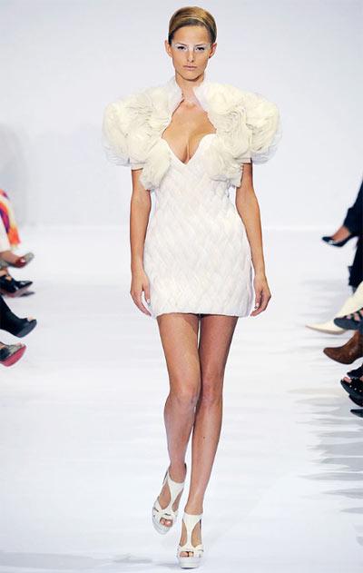 Elie Saab Fall-Winter Fashion Show