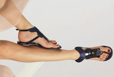 Karine Arabian Black Flat Sandals