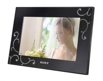 Sony Digital Picture Frame S-Frame DPF-D72N/BQ
