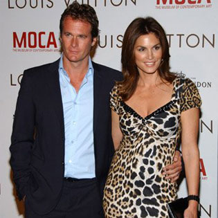Cindy Crawford with friendly, Husband Rande Gerber