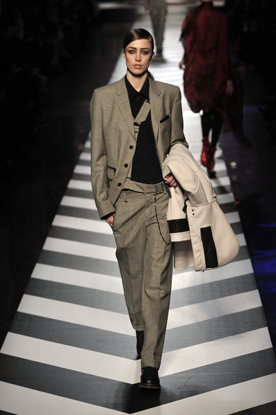 Jean Paul Gaultier Fall-Winter 2010 Collection