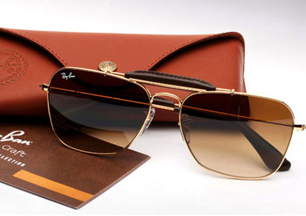 Aviator Sunglasses by Ray-Ban