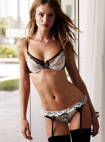 Victoria's Secret Valentine's Day 2010 Collection