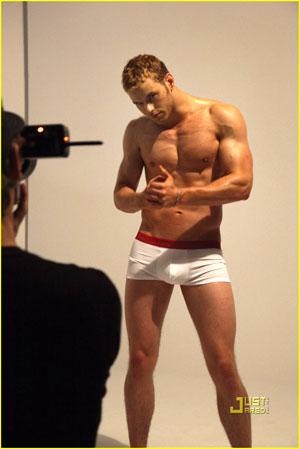 Kellan Lutz: Calvin Klein Underwear