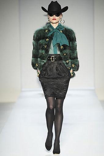 Moschino Collectio Milan Fashion Week Fall-Winter
