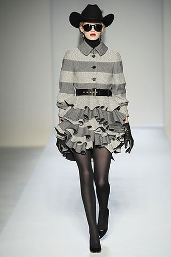 Moschino Collection Milan Fashion Week 2010-2011