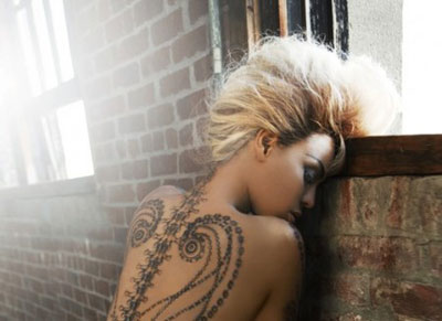 Beyonce-Dereon-temporary-tattoos-1
