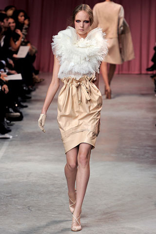Nina Ricci S-2011 collection