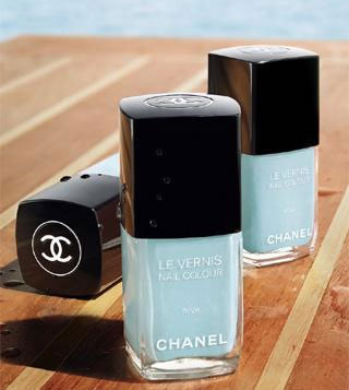 Chanel nail color Rive