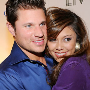 Absence makes the heart grow fonder, and Nick Lachey and Vanessa Minnillo ...