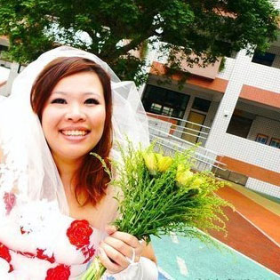 Taiwanese Woman Marries Herself