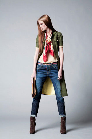 Dsquared2 Women Clothes Collection