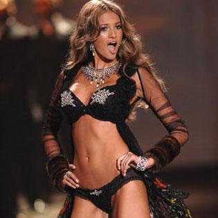 Victoria's Secret Angel Kylie Ann Bisutti
