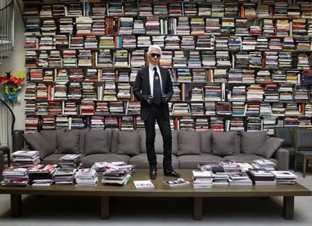 Karl Lagerfeld in his library