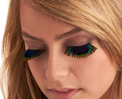 peacock eyelashes to look more exotic  beauty tips