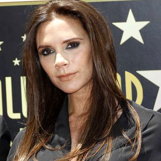 Victoria Beckham to design new collection