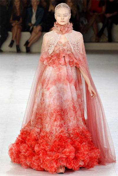 Paris Fashion Week 2011: Alexander McQueen
