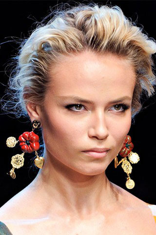 The Dolce Gabbana SpringSummer 2012 jewelry collection is a real jewelry