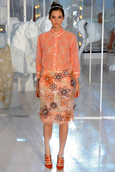 Paris Fashion Week: Louis Vuitton Spring-Summer 2012
