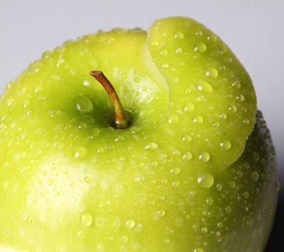 Apples hurmful for teeth