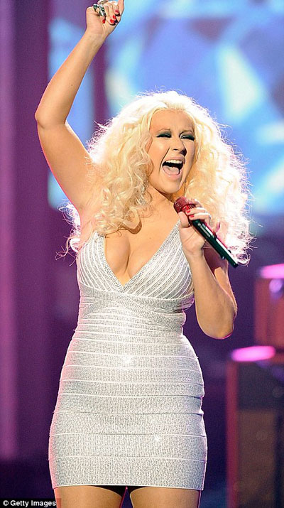Christina Aguilera likes her body