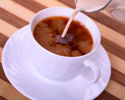 Milk coffee destroys teeth