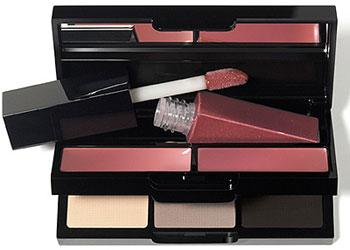 Bobby Brown Holiday Makeup Collection Lipgloss