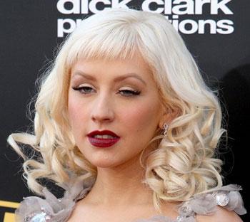 Christina Aguilera makeup mistakes