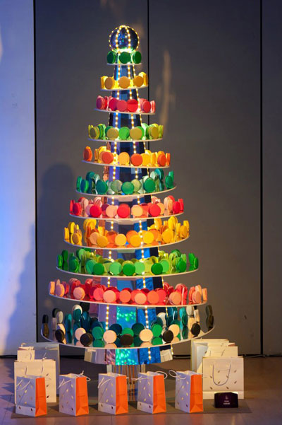 christmas trees by famous designers 1 - Designer Christmas Tree