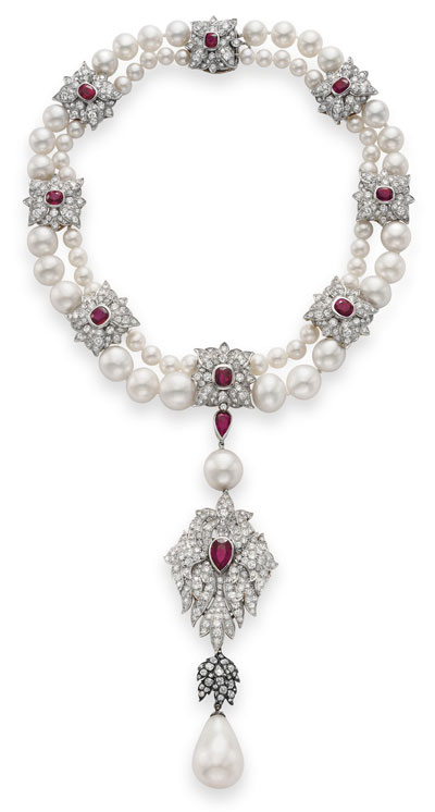 Jewelry of Elizabeth Taylor sold at Christie's