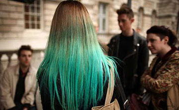 Green-haired blondes in Sweden