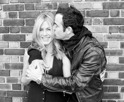 Happy couple Jennifer Aniston and Justin Theroux
