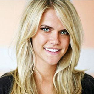 Model Lauren Scruggs