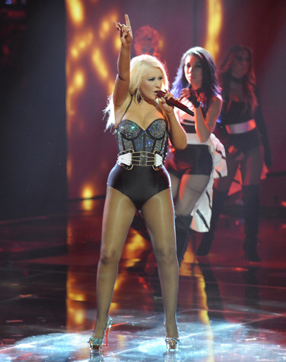 """Sexy"" Christina Aguilera at the Voice"