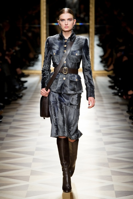 http://geniusbeauty.com/wp-content/uploads/2012/05/SalvatoreFerragamo_military_collection25.jpg