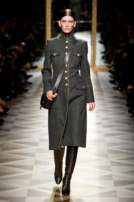 http://geniusbeauty.com/wp-content/uploads/2012/05/SalvatoreFerragamo_military_collection27.jpg