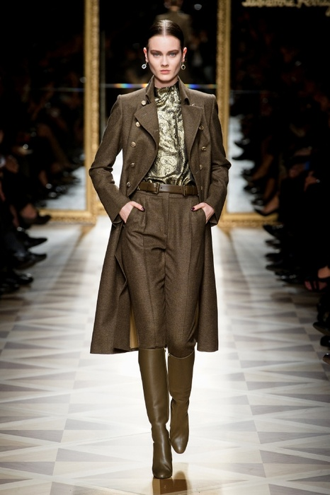 http://geniusbeauty.com/wp-content/uploads/2012/05/SalvatoreFerragamo_military_collection32.jpg